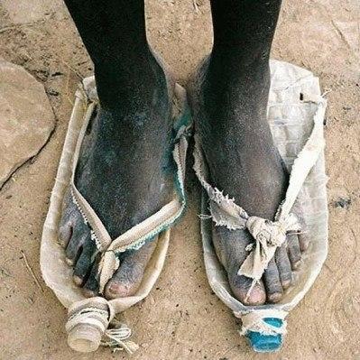 schoenen van petflessen